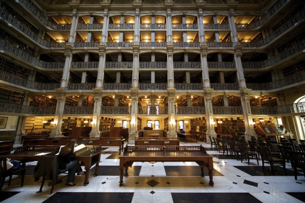 George Peabody Library, The John Hopkins University. [Photo by Thomas Guignard]