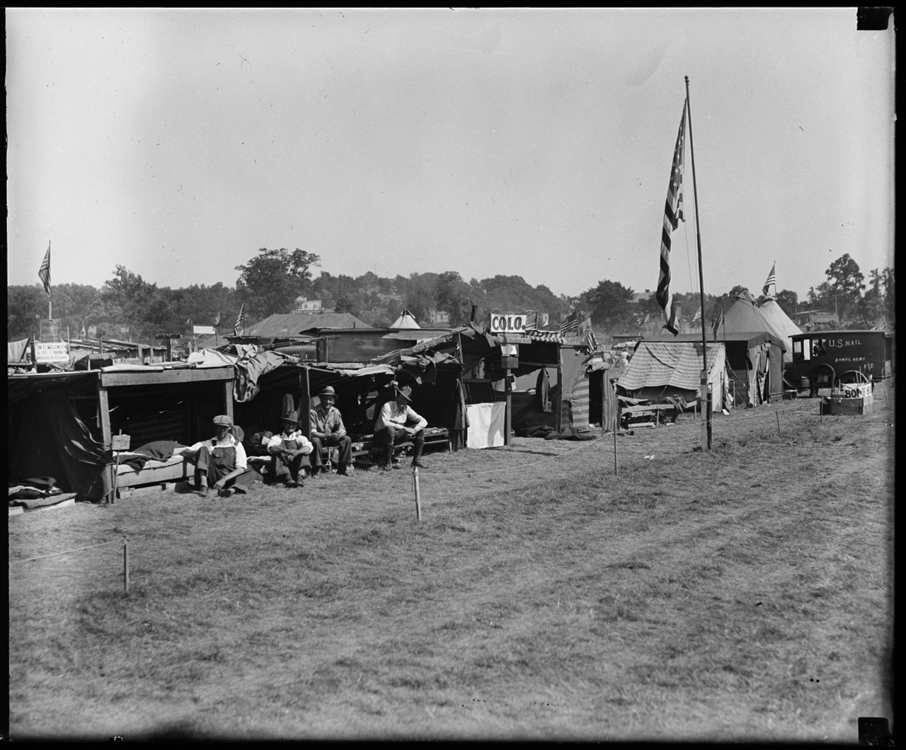 Bonus Army Washington D.C. 1932. [Library of Congress] & Tent City America