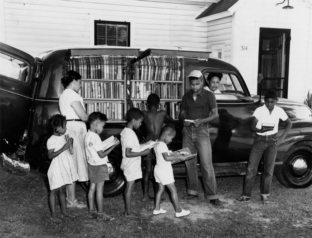 Albemarle Regional Library Bookmobile, North Carolina