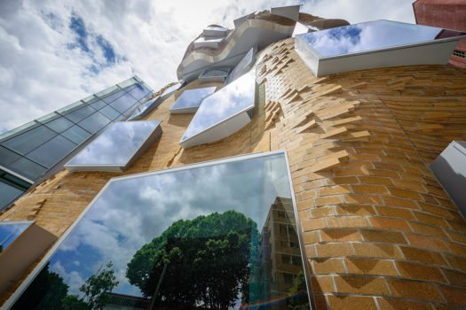 Frank Gehry, Dr. Chau Chak Wing Building, University of Technology Sydney, 2014.