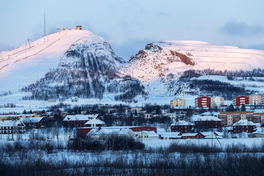 Global Kiruna follows the journey of iron ore from the mines of Kiruna to distant places across the world. Photo by Iwan Baan.